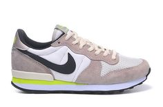new style 64b02 d887b Womens Nike Internationalist Brown White Black 36-39 Low Price