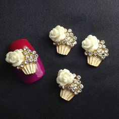 4 Cupcake With Rhinestones Frosting And White Flower Nail Charms - Pepino Nail Art Nail Charms, White Nail Designs, Flower Nails, White Nails, White Flowers, Frosting, Rhinestones, Cupcake, Nail Art