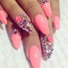 Stiletto swarosky nails