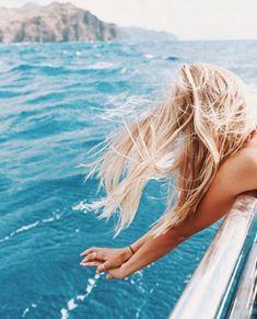 Summer Vibes :: Beach :: Friends :: Adventure :: Sun :: Salty Fun :: Blue Water :: Paradise :: Bikinis :: Boho Style :: Fashion + Outfits :: Discover more Summer Photography + Summertime Inspiration Summer Feeling, Summer Sun, Summer Of Love, Summer Vibes, Summer Hair, Summer Beach, Ocean Beach, Ocean Sailing, Ocean Cruise
