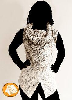 Chaqueta envolvente lana natural jaspeada, broche de regalo