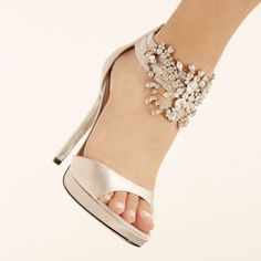Nina FABIOLA SILVER JOLIE SATIN by Nina Shoes