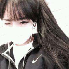ulzzang boys with mask and cap Ulzzang Korean Girl, Ulzzang Couple, Cute Korean Girl, Asian Girl, Girl Pictures, Girl Photos, Mask Girl, Uzzlang Girl, Wattpad