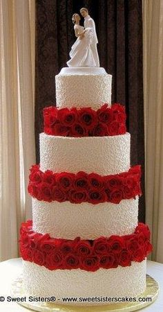 Ordinarily, I don't like cakes that are this classic/traditional, but I think it's the starkness of the red/white that does it for me.  It does one thing, and it does it well.