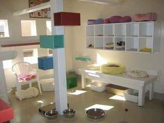 Lots of ideas for cat towers, trees, and playrooms. Includes some DIY instructions, too.
