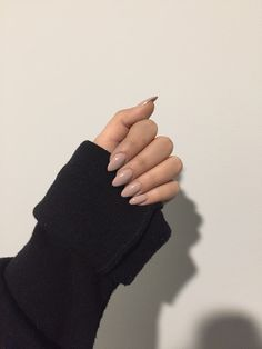 Ideas Nails Acrylic Brown Art Ideas For 2019 – nageldesign. Almond Acrylic Nails, Almond Nails, Acrylic Nails Nude, Acrylic Art, Hair And Nails, My Nails, Brown Nails, Dark Nails, Nagel Gel