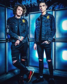 I have my AP Spanish test tomorrow 💀💙 My Best Friend, Best Friends, Ben Bruce, Youtube Songs, Beautiful Tumblr, Black Veil Brides Andy, Ap Spanish, Andy Black, Asking Alexandria
