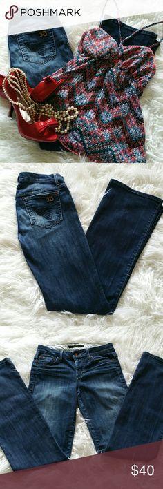"SALE Joe's ""Muse"" Premium Denim Jeans Awesome Joe's ""Muse"" Premium Denim Jeans 33"" Inseam 8"""" Rise 98% Cotton 2% Elastane Joe's Jeans Jeans"