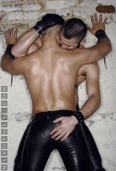 leatherjock: So hard to keep your hands off leather