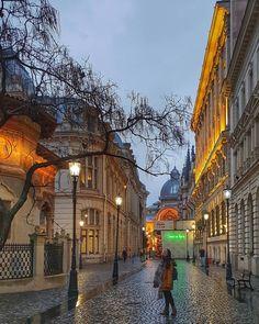 Τριήμερο στο Βουκουρέστι - T-Stories Romania, Wanderlust, Mansions, Country, House Styles, Travel, Instagram, Bucharest, Mansion Houses
