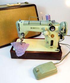 Vintage Singer 319W Mint Green Heavy Duty Sewing Machine / Pedal / Case Working