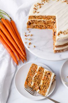 Add carrots, nuts, and spices, and our classic yellow cake mix transforms into this delicious crowd pleaser! #easterdessert Packed with flavor and topped with #sugarfree cream cheese frosting, no one will ever know it's #proteincake. Details are in the recipe book we send with your first purchase of mix! Protein Cake, Best Protein, High Protein Recipes, Protein Foods, Healthy Cake, Healthy Baking, Frosting Recipes, Cake Recipes, Baking With Protein Powder