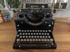 Royal #10 Typewriter, typewriter, antique typewriter, qwerty, glass keys, vintage typewriter, Royal typewriter Royal Typewriter, Working Typewriter, Typewriter For Sale, Antique Typewriter, Portable Typewriter, Rancho Cucamonga, Vintage Typewriters, Camera Lens, Platform