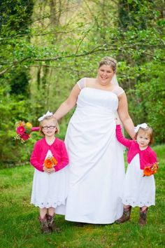 How cute are these flower girls in cowboy boots? http://my.gactv.com/great-american-weddings/boots/sgallery.esi?soc=pinterest