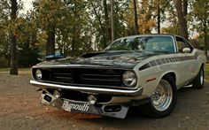 If you have a 1968-73 Barracuda, check out www.morrisclassic.com for seat belts and lap belts!