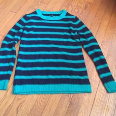 Teal and navy striped forever 21 sweater Real and navy striped, comfy, cozy forever 21 sweater Forever 21 Sweaters Crew & Scoop Necks