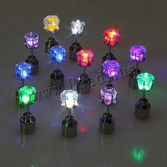 1 Par miễn phí phí vận chuyển Hot mát Fashion Light Up LED Bling bông tai tai Studs Dance Party Phụ Blinking