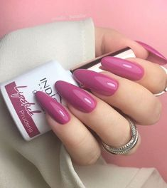 110 Valentine's Day Nail Designs Ideas That Are Anything but Cheesy in 2020 Hot Nails, Nude Nails, Pink Nails, Christmas Manicure, Christmas Nail Designs, Christmas Decorations, Nail Lab, Valentine's Day Nail Designs, Indigo Nails