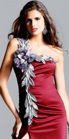 Faviana sex and the city dress