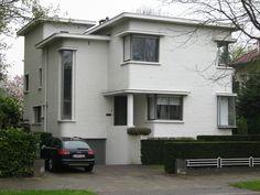 Wilrijk, Antwerp Garden Architecture, Contemporary Architecture, Architecture Design, Art Deco Buildings, Modern Buildings, Art Nouveau, Modernisme, Streamline Moderne, Art Deco Home