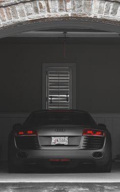 Audi R8. #carporn.