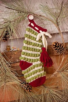 Crochet Christmas Stocking sold on Etsy - I love it but would really like the pattern!