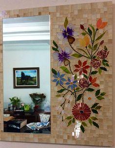 Mosaic Artwork, Mosaic Wall Art, Mirror Mosaic, Mosaic Glass, Mosaic Art Projects, Mosaic Crafts, Cute Room Decor, Wall Decor, Mosaic Planters