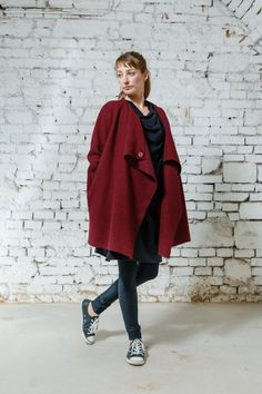 Coat Wool Shape red via DIBA se DIVA. Click on the image to see more!