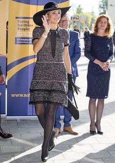 Màxima draagt hier een jurk van Zara.