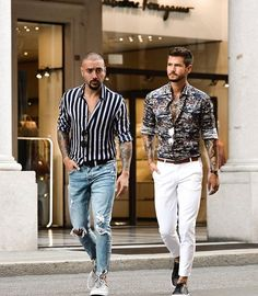 visit our website for the latest men's fashion trends products and tips . Spring Work Outfits, Summer Fashion Outfits, Men's Fashion, Daily Fashion, Fashion Trends, Stylish Men, Men Casual, Streetwear, Mens Fashion Magazine