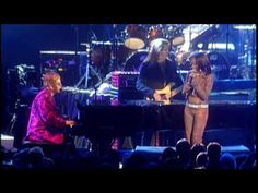 Elton John & Mary J. Blige - I Guess That's Why They Call It The Blues (Live)