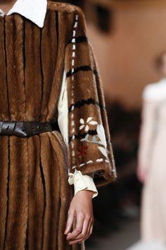 Fendi #VogueRussia #readytowear #rtw #fallwinter2018 #Fendi #VogueCollections