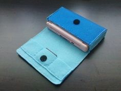 DIY Felt Nintendo DS Lite Cover/Case/Pouch with Game Cartridge Pockets - Patterns and Instructions via Email