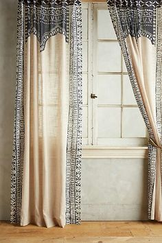 Attractive Anthropologie Cordelia Curtain In Dark Grey/Taupe. Beautiful Modern Boho  Style To Add A Unique Look To Your Living Room Or Bedroom.