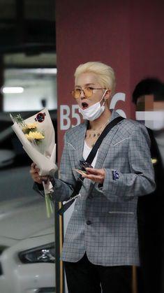 Winner Kpop, Mino Winner, Yg Rapper, Song Minho, Mobb, Kpop Guys, Celebs, Celebrities, Yg Entertainment