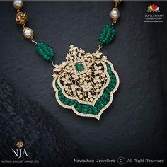 Pendant Set, Diamond Pendant, Diamond Jewelry, Diamond Necklaces, Gold Jewellery, Diamond Earrings, Jewelery, Hand Jewelry, Jewelry Sets