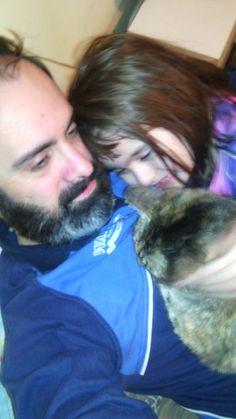 Con mi bebé Mara  y mi gata Caty