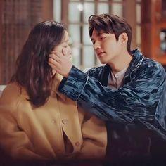 Korean Celebrities, Korean Actors, Korean Drama Movies, Korean Dramas, Netflix, Lee Min Ho Kdrama, Lee Min Ho Photos, Drama Fever, Kim Go Eun