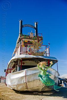 Burningman artcars | mermaid_art_car_burning_man
