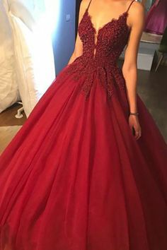 Ball Gown Spaghetti Straps Burgundy Prom Dress with Beading Appliques