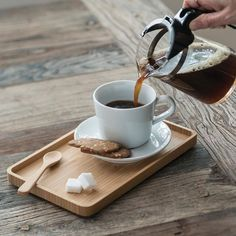 Coffee Tray, Coffee Drinks, Coffee Beans, Coffee Maker, Coffee Jelly, Coffee Club, Drip Coffee, Coffee Tables, Coffee Mugs