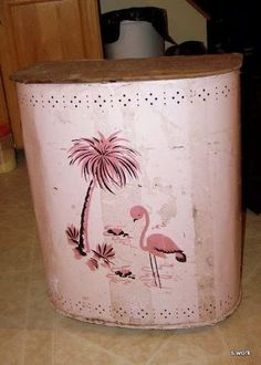 BEFORE Restoring:  Oh ya!  Pink flamingo vintage metal 50s laundry hamper.  Needs a bit of restoration and a new bottom.