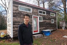 Just 50 kms outside of Toronto live Mark Su and his girlfriend in a fully self-contained 310 square foot home that set him back a mere $30,000.  The environmental consultant didn't pay a dime for labour as he built his tiny house solo, an expense that saved him in the neighbourhood of $30,000.  Their