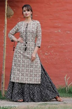 Indian kurta dress With skirt new Top Tunic Set blouse Combo Ethnic Bottom combo New Kurti Designs, Printed Kurti Designs, Kurta Designs Women, Kurti Designs Party Wear, Blouse Designs, Pakistani Dress Design, Pakistani Dresses, Indian Dresses, Kurta Patterns