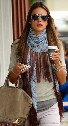 Chic  In The City 2 - Alessandra Ambrosio- LadyLuxury