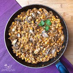 Soja texturizada con garbanzos Paella, Random, Ethnic Recipes, Zucchini Salad, Recipes With Vegetables, Garlic, Breakfast, Meals, Healthy Recipes