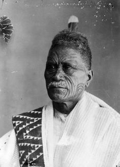 A portrait of Tukaroto Potatau Matutaera Te Wherowhero Tawhiao. Ta Moko Tattoo, Nz History, Maori People, Maori Designs, Aboriginal People, Maori Art, My Heritage, South Pacific, Male Face