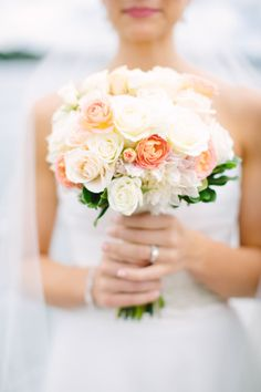 When it came time to plan a budget-friendly wedding from the other side of the country, this bride decided to save money and do it herself. Peach Bouquet, Peach Flowers, Cream Flowers, Bridal Flowers, Bridesmaid Bouquet, Wedding Bouquets, Pretty Flowers, Wedding Dresses, New York Wedding