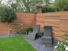 8 Enthusiastic Tricks: House Fence How To Make fence photography perspective.White Aluminum Fence cheap fence for back yard. Slatted Fence Panels, Wooden Fence Panels, Bamboo Fence, Brick Fence, Front Yard Fence, Fence Stain, Pallet Fence, Cedar Fence, Small Fence