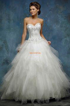 Traîne moyenne Col en cœur Petites tailles Robes de mariée de luxe